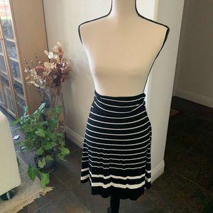 Hampton style- striped b&w summer skirt
